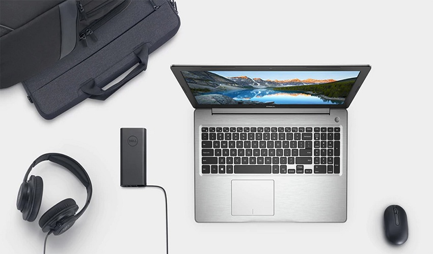 5 Useful Laptop Accessories for Frequent Travelers
